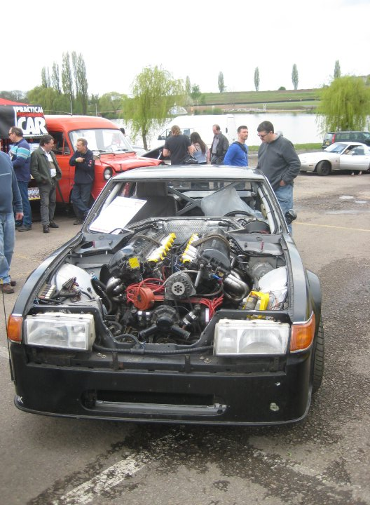 Rover SD1 fitted with a 27-litre V12 Merlin tank engine!!! - Mitsubishi Lancer Register Forum